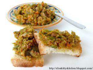 Tapenade olive verdi e fiori di zucca