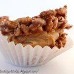 Mars bar and peanut butter small cakes