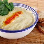Hummus bi tahina طحينية