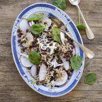Insalata di cereali con adzuki e verdure