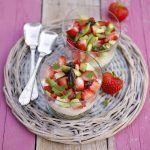 Cheesecake salato con fragole, sedano ed asparagi