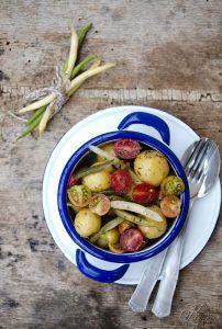 Insalata di patate con rafano e aneto