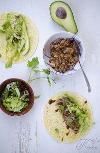 Fajitas con pulled pork e avocado