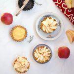 Crostata con crema pasticciera alla vaniglia e mele
